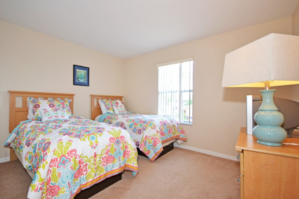 Bedroom -4 Two Twin Beds - Tequila Sunrise - 4 Bedroom Disney Area Vacation Home - Homes4uu