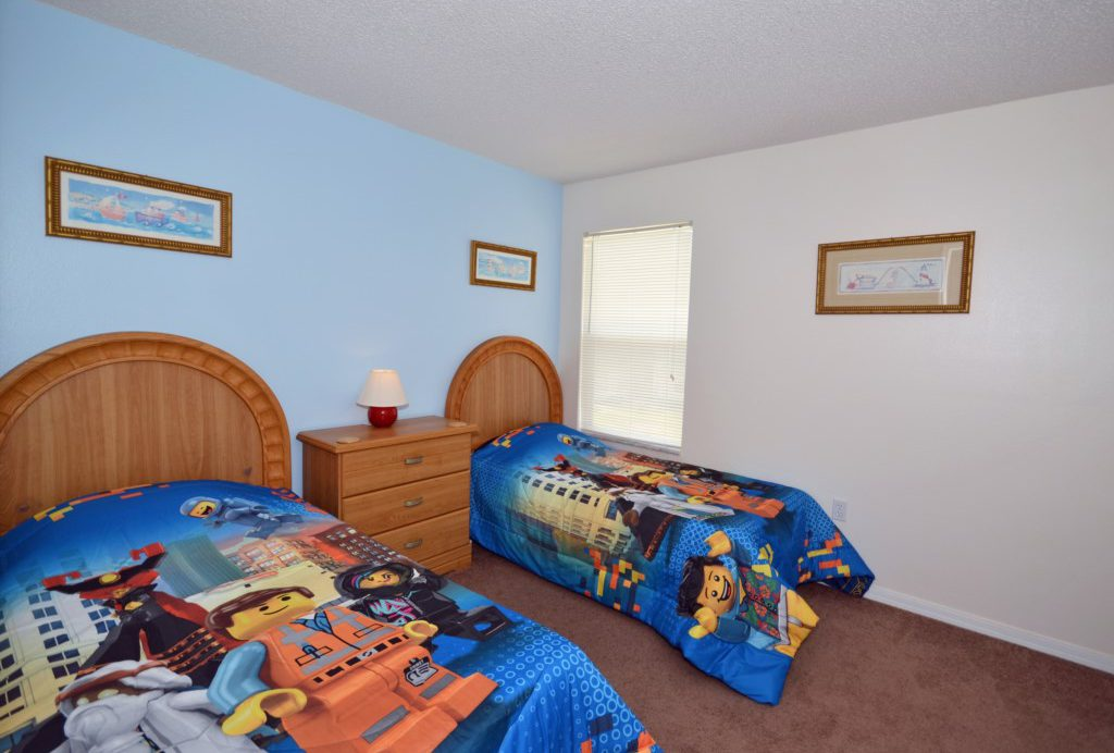Bedroom - 6 - Two Twin Beds - St. Kitts - 6 Bedroom - Disney Area Family Vacation Home With Private Pool - Homes4uu