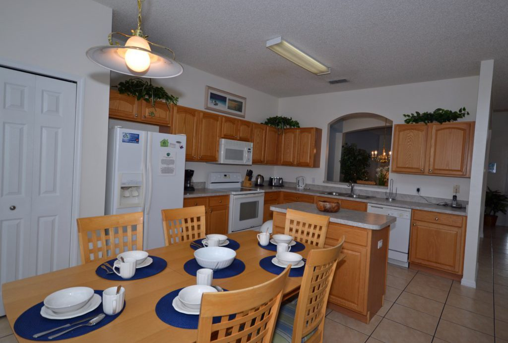 Kitchen Breakfast Nook - St. Kitts - 6 Bedroom - Disney Area Family Vacation Home With Private Pool - Homes4uu
