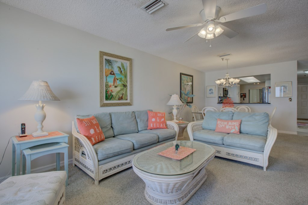 Living Room Couches and Chairs - Kitten Paw - 2 Bedroom Condo - Anna Maria Island Beach Vacation Condo - Homes4uu