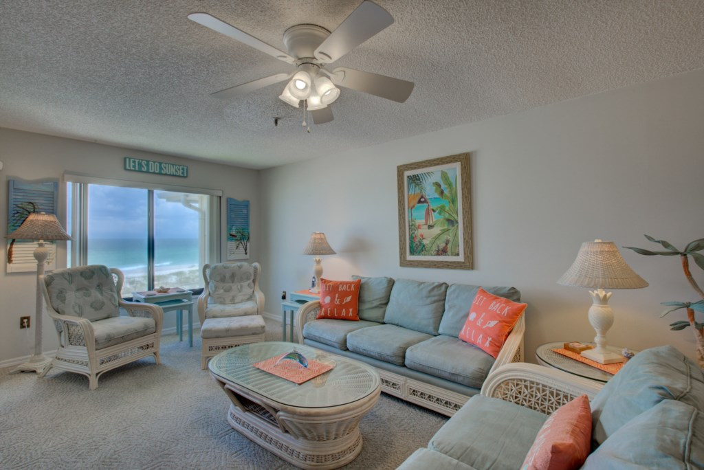 Living Room Seating and Couches - Kitten Paw - 2 Bedroom Condo - Anna Maria Island Beach Vacation Condo - Homes4uu