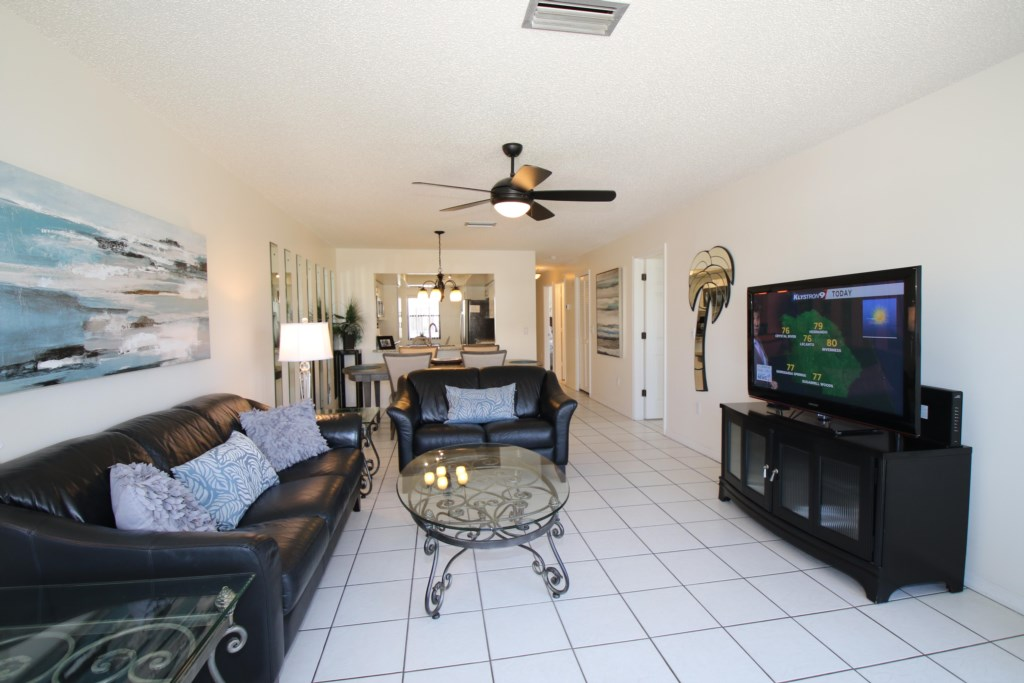Living Room View into Dining area - Perrywinkle - 2 Bedroom Condo - Anna Maria Island Beach vacation Home - Homes4uu