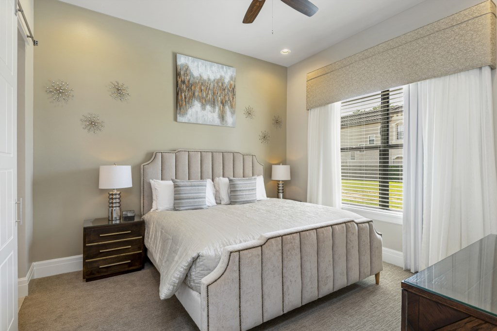 Bedroom - 2 King Size Bed - Pirate's Utopia - 10 Bedroom Disnay Area Custom MansionVacation Home - Homes4uu