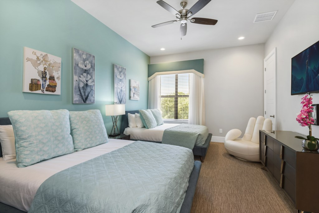 Bedroom - 9 Two Queen Beds - Pirate's Utopia - 10 Bedroom Disnay Area Custom MansionVacation Home - Homes4uu
