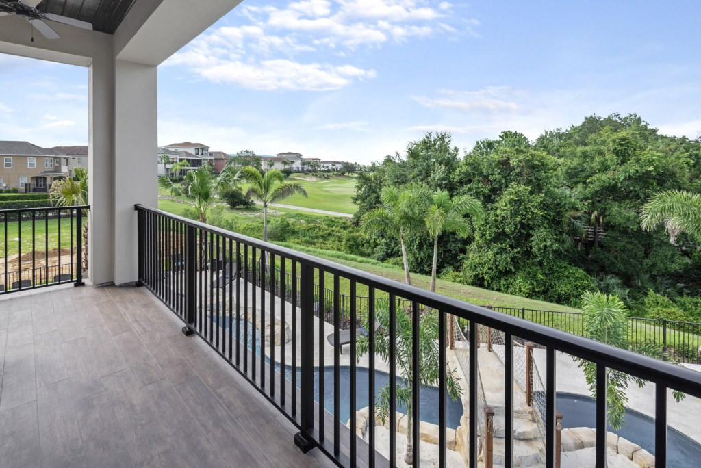 Golf Course View - Pirate's Utopia - 10 Bedroom Disnay Area Custom MansionVacation Home - Homes4uu