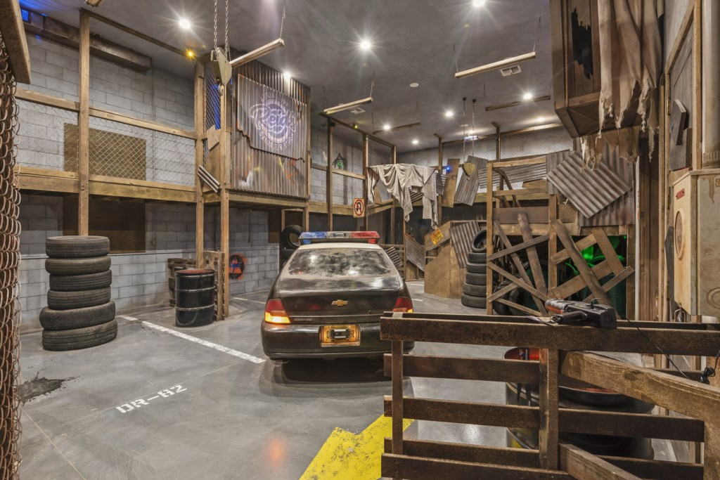 Lazor Tag and Paint Ball Room - Pirate's Utopia - 10 Bedroom Disnay Area Custom MansionVacation Home - Homes4uu