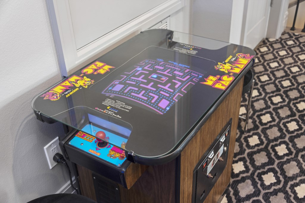 Ms. Pac-Man Game - Pirate's Utopia - 10 Bedroom Disnay Area Custom MansionVacation Home - Homes4uu
