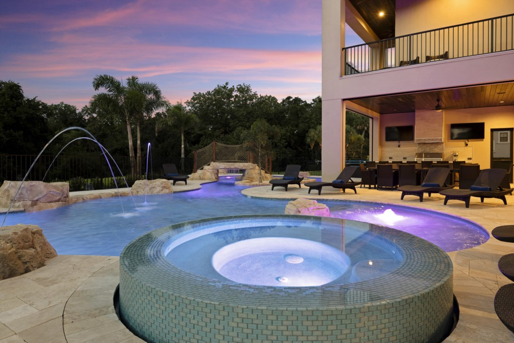 Pool At Twilight - Pirate's Utopia10 Bedroom Vacation Mansion- Homes4uu